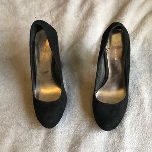 Bakers thick heels